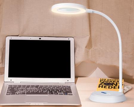LED放大镜阅读台灯
